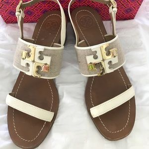Tory Burch Tan/White Stacked Heel Sandals 7.5 M